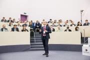 Бизнес-школа СКОЛКОВО о взгляде частого капитала на филантропию и социальные проекты в России