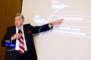 «Значение 21-го века»: прошла первая в 2008 году встреча Дискуссионного клуба СКОЛКОВО