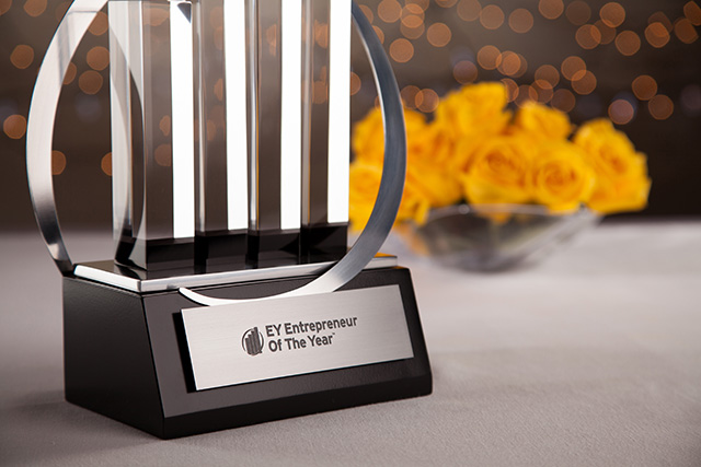 News - Business School Alumni in the Finals of the EY