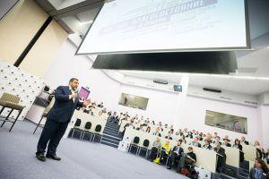 СКОЛКОВО: В бизнес-школе СКОЛКОВО представили первое в стране исследование «семейных офисов»