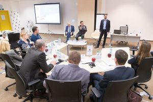 СКОЛКОВО: Бизнес-школа СКОЛКОВО запустила образовательную программу для высших управленческих кадров Ленинградской области