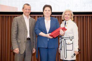 СКОЛКОВО: 32 команды моногородов защитили свои проекты в бизнес-школе СКОЛКОВО