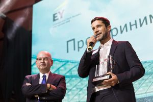SKOLKOVO: A SKOLKOVO Graduate Becomes the EY Russia Entrepreneur of the Year 2017