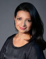 СКОЛКОВО: Новым президентом сообщества выпускников бизнес-школы СКОЛКОВО стала Анна Резниченко