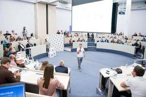 СКОЛКОВО: День Инвестора: выпускники Стартап Академии-20 и прошлых групп защитили свои бизнес-проекты
